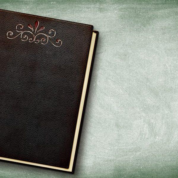 book-3088775_640
